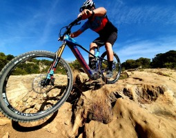 Probando la Mondraker Crafty RR 2020: Reinventando el e-all mountain/enduro